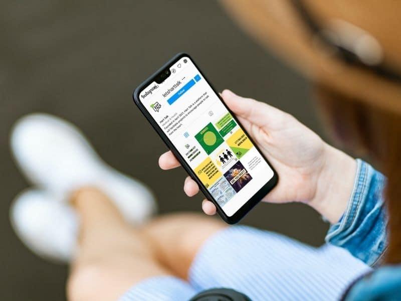 Hart Talk Iphone Mockup